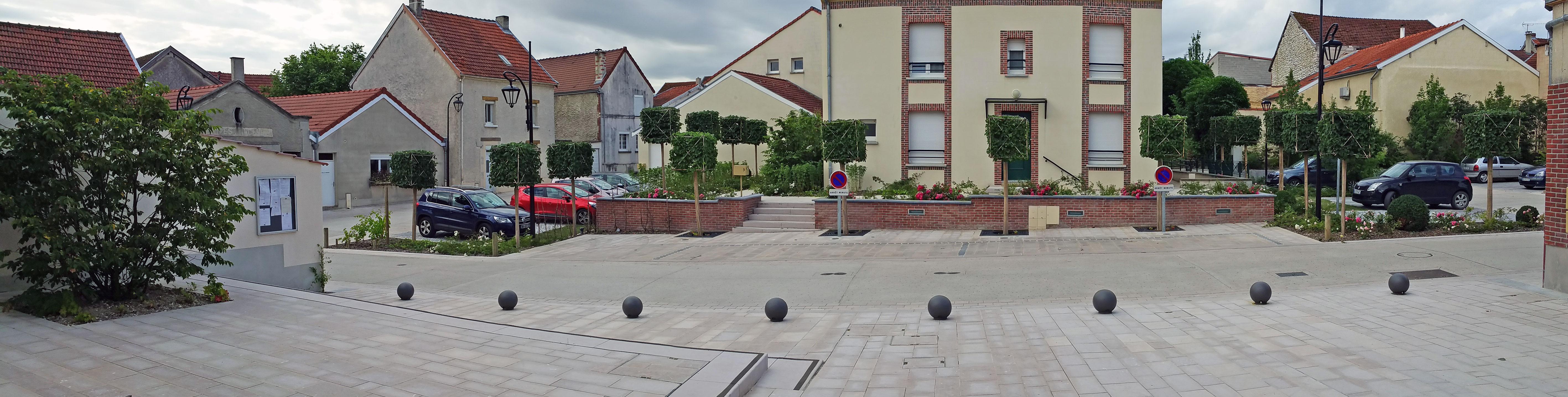 panoramique place de la mairie de chouilly paysages d ici et d ailleurs. Black Bedroom Furniture Sets. Home Design Ideas